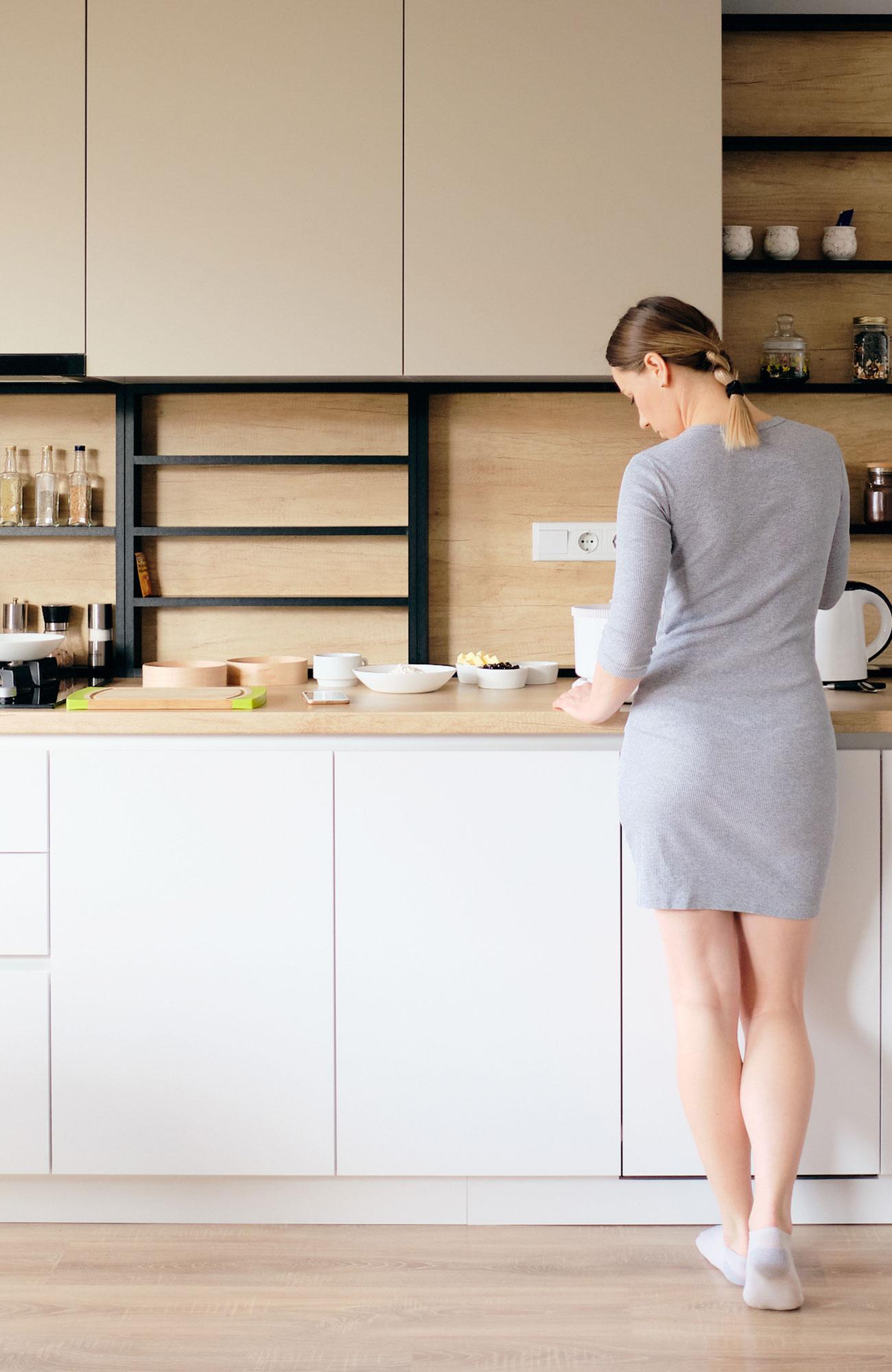 ragazza in cucina Sistem Air